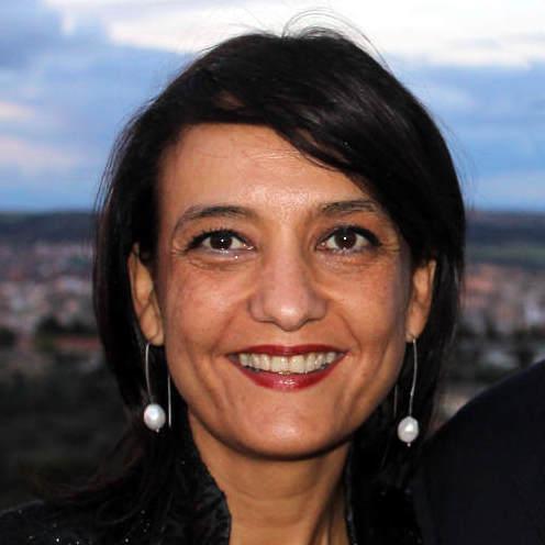 Laura Lojo-Rodríguez